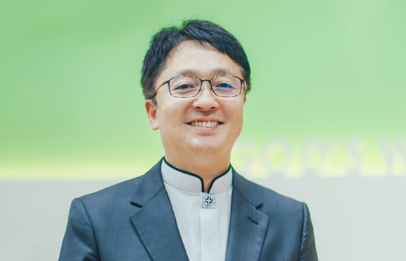 박일섭 목사